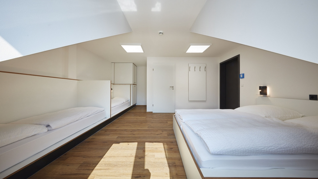 Hostel-Suite with Shower/WC